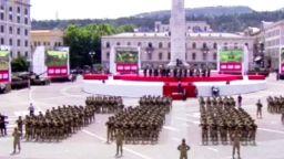 ავღანეთში აშშ-ს სამხედრო ძალების მეთაურის მილოცვა